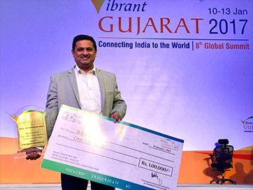 Won the First Prize at Vibrant Gujarat 2017